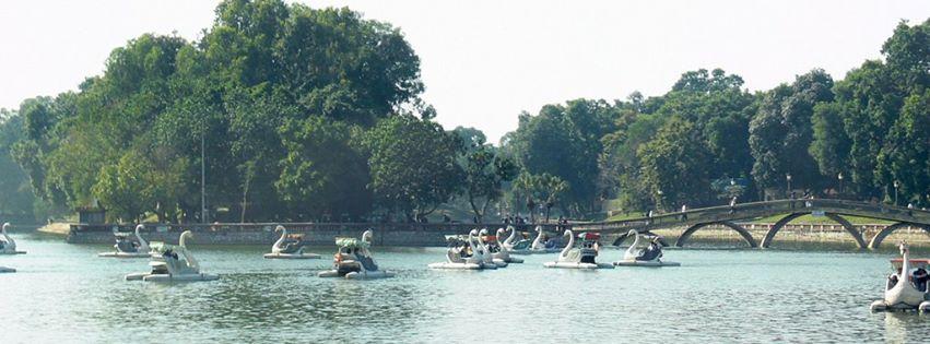 Công viên Thủ Lệ vào những ngày hè