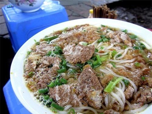 12 quán bún ngon nổi tiếng gắn liền tên phố ở Hà Nội - ảnh 12