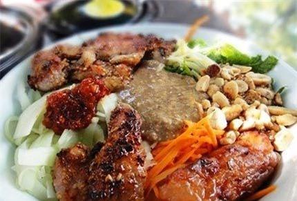 12 quán bún ngon nổi tiếng gắn liền tên phố ở Hà Nội - ảnh 3