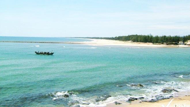 Biển Cửa Tùng