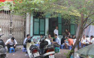 """4 quán ăn hết hàng """"nhanh chóng mặt"""" ở Hà Nội"""