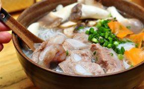 12 quán bún ngon nổi tiếng gắn liền tên phố ở Hà Nội