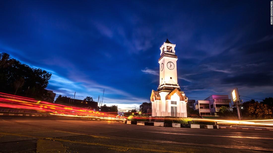 Thành phố Lampang về đêm