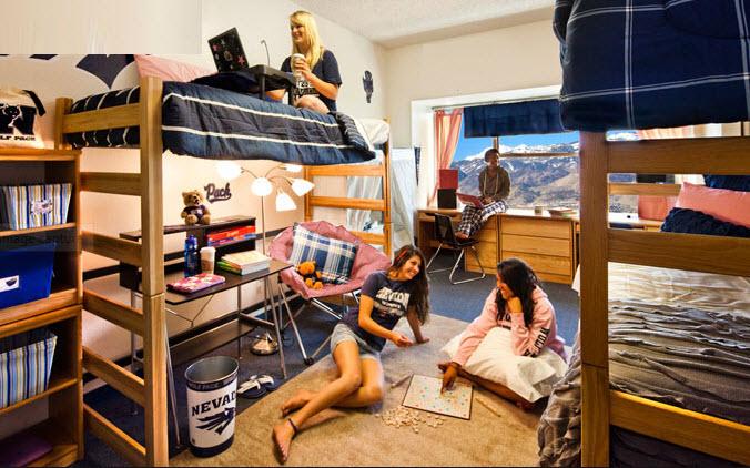 """Có người ra vào """"phòng của mình"""" quả là không thoải mái"""