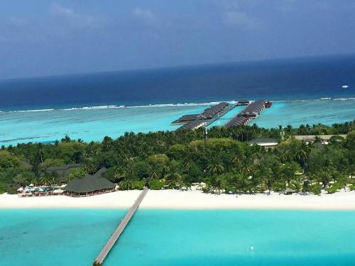 Maldives từ thuỷ phi cơ. Ảnh: Truong Tran.