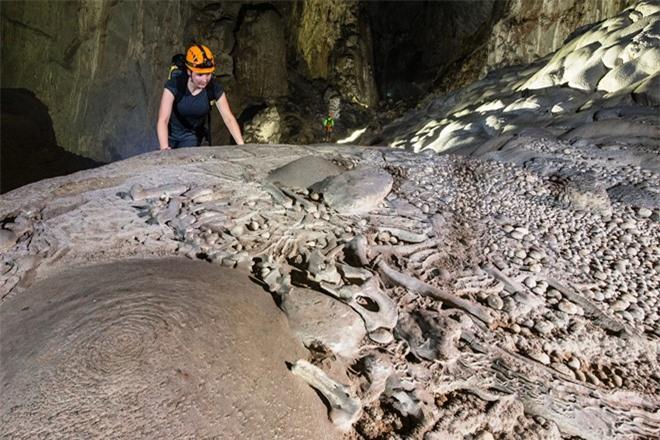 Sơn Đoòng, khám phá hang động, khám phá Sơn Đoòng, tham quan Sơn Đoòng