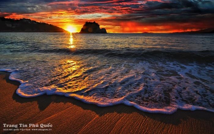 Dạo biển hoàng hôn Phú Quốc