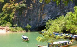 9 hang động du khách có thể khám phá ở Quảng Bình