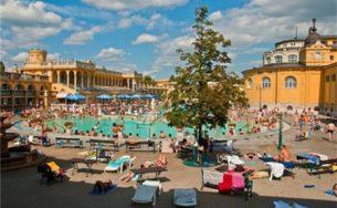 Bể bơi nước nóng nổi tiếng nhất Hungary