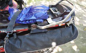 Cách cột đồ khi phượt bằng xe máy