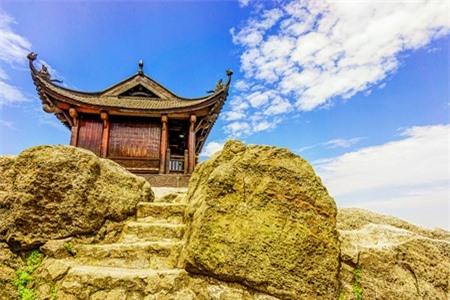 Chùa Đồng trên đỉnh Yên Tử