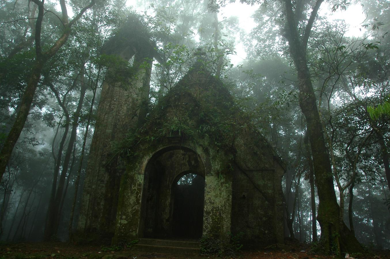 Địa danh nổi tiếng ở vườn quốc gia Ba Vì