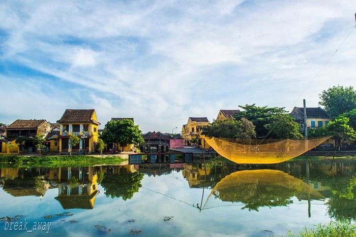 Phố cổ Hội An đẹp trong nắng - Ảnh: Vu Quang