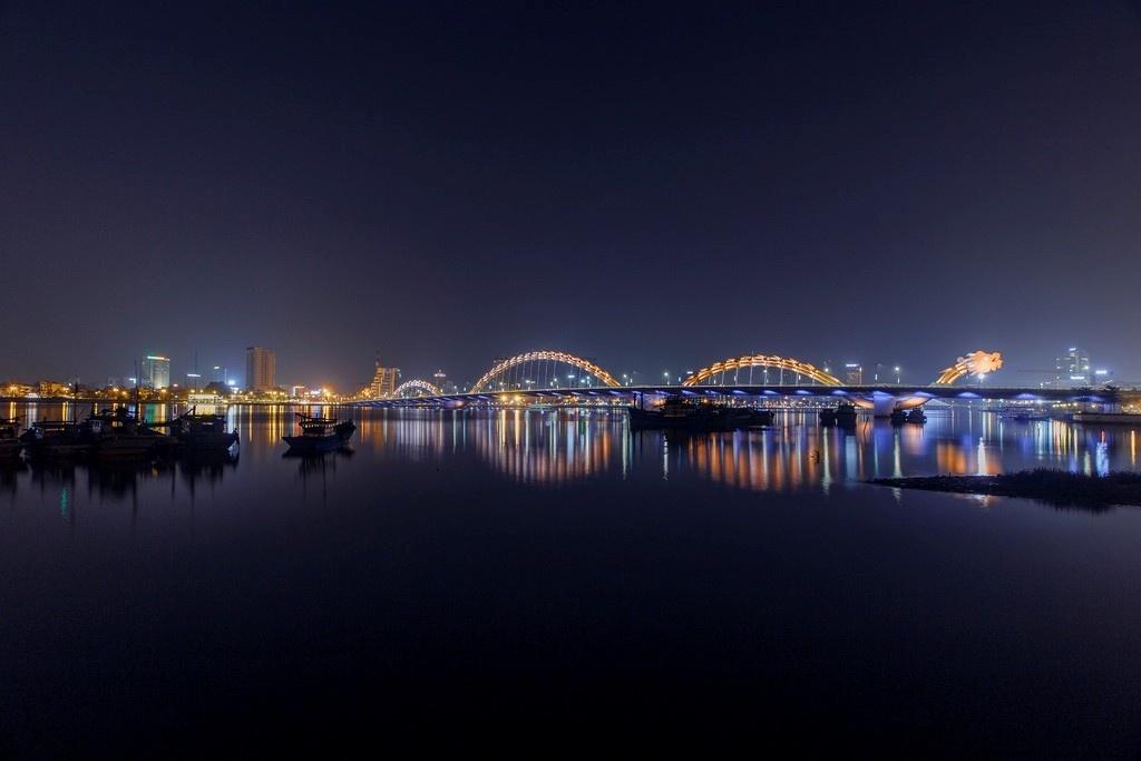 Những cây cầu tuyệt đẹp ở Đà Nẵng - Ảnh: Phu Loc Nguyen