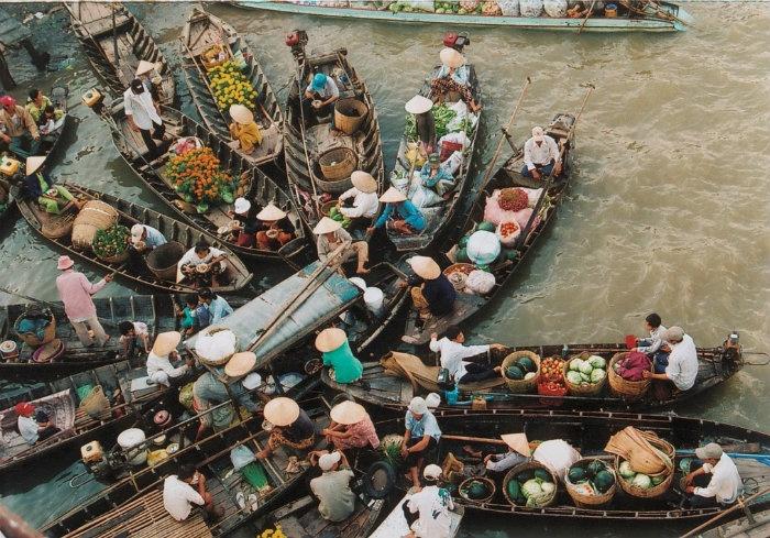 Miền Tây chợ nổi lênh đênh - Ảnh: Mai Thanh Pham