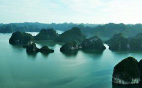 Ba cách ngắm vịnh Hạ Long từ trên cao với chi phí phù hợp