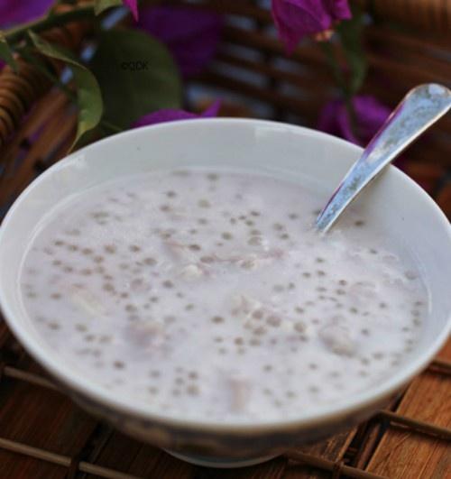 Chè khoai ngôi Hà Nội đặc biệt thơm hương cốt dừa béo