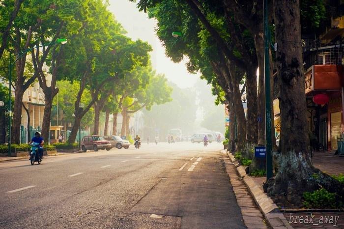 Những con phố vắng mùa thu Hà Nội