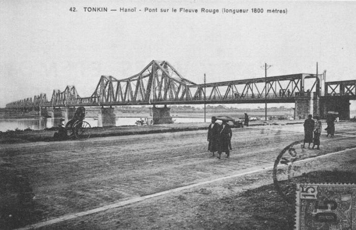 Cầu Long Biên những năm đầu thế kỷ 20