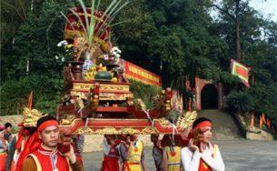 Háo hức chào đón lễ hội Đền Hùng