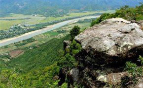 Khám phá thung lũng trên đỉnh Am Thông