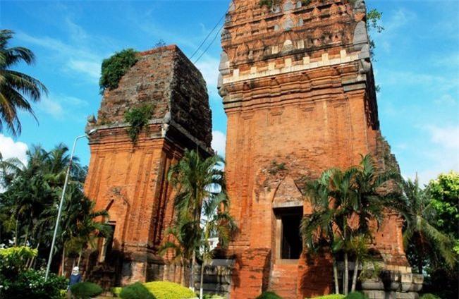 Tháp đôi ở Bình Định