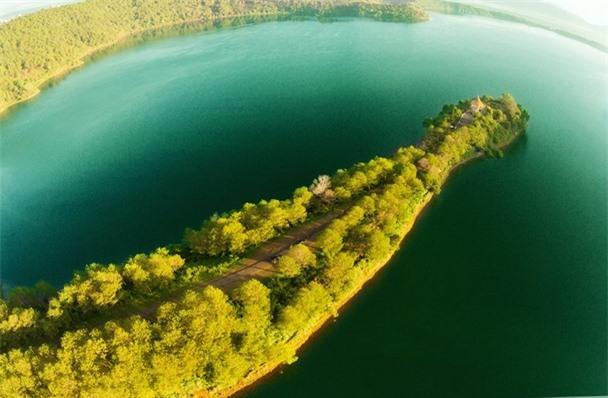Biển Hồ nhìn từ trên cao