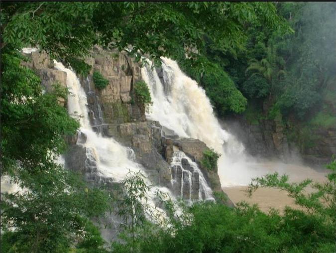 Cửu thác Tú Sơn Kim Bôi