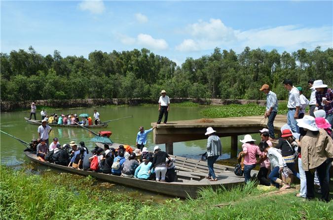 Khu du lịch sinh thái làng nổi Tân Lập Long An