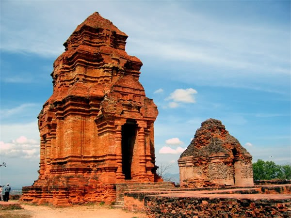 Tháp Po Sah Inư Bình Thuận