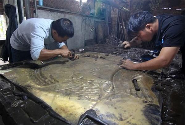 Làng chạm khắc bạc Đồng Xâm