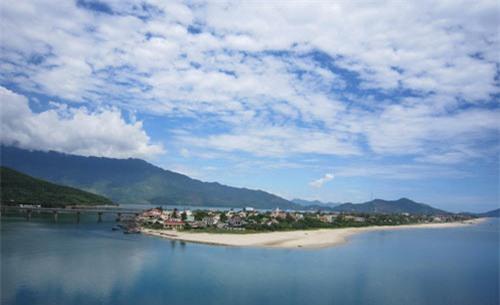 Ngắm cảnh thiên nhiên tươi đẹp trên đèo Hải Vân - 6