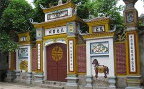 Những ngôi đền, chùa độc đáo nổi tiếng bên bờ sông Hồng