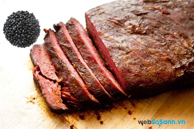 Thịt bò và đậu đen không được ăn cùng nhau