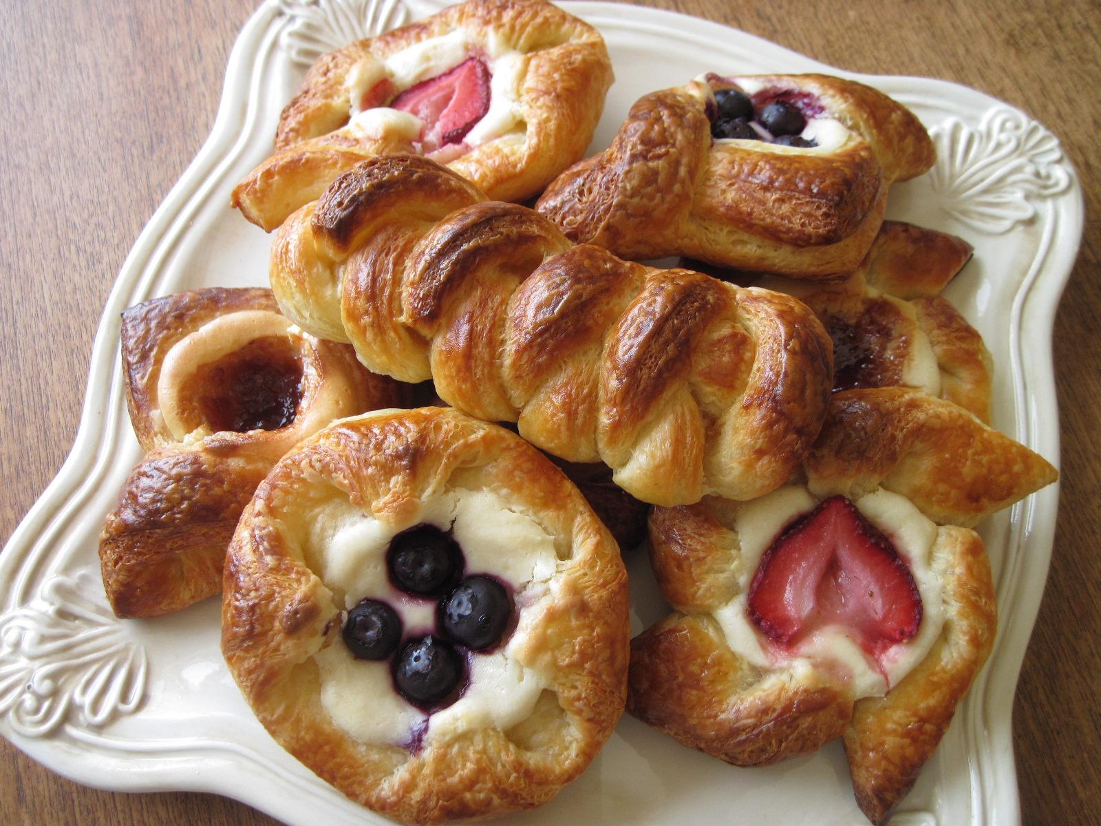 Những chiếc bánh ngọt pastry là đồ ăn ngọt bạn nên thử