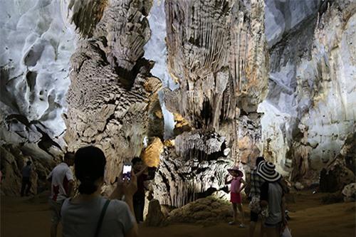 Quảng Bình, giảm giá phòng, tháng 8, du lịch Quảng Bình