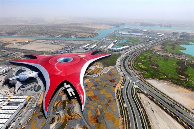 Sơn Đoòng, điểm đến mới, thế kỷ 21, đài thiên văn ALMA, Chile, Ferrari World, Abu Dhabi