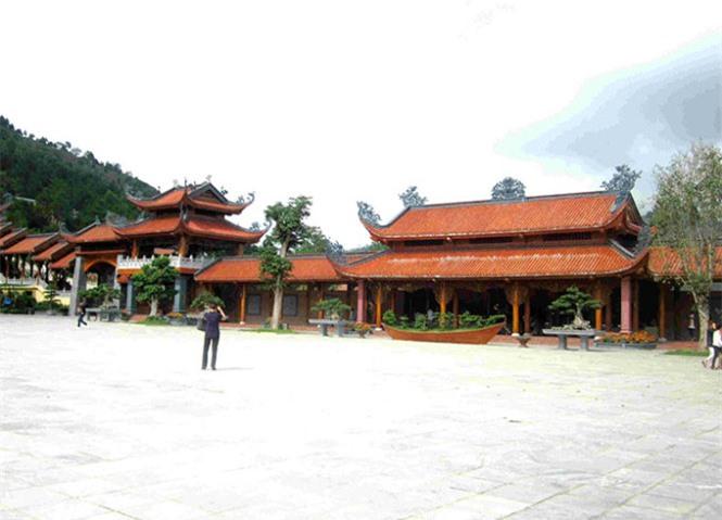 chùa Ba Vàng, điểm đến tâm linh, xứ than, Quảng Ninh