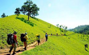 Trekking cung đường đẹp nhất Việt Nam