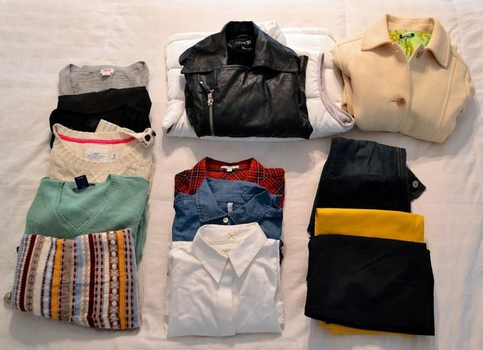 Áo len, áo gió, áo bông ấm giúp mùa đông không lạnh - Ảnh: sưu tầm