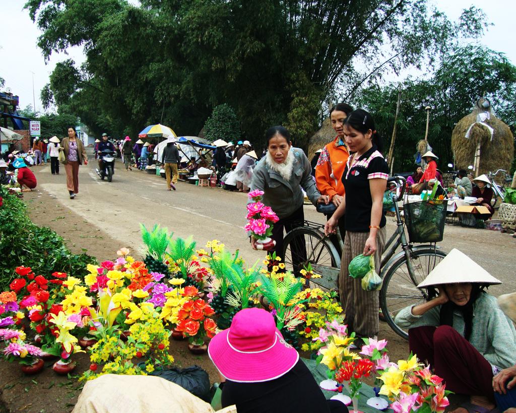 Chợ Tết - Một nét văn hóa đặc trưng của vùng nông thôn miền Trung