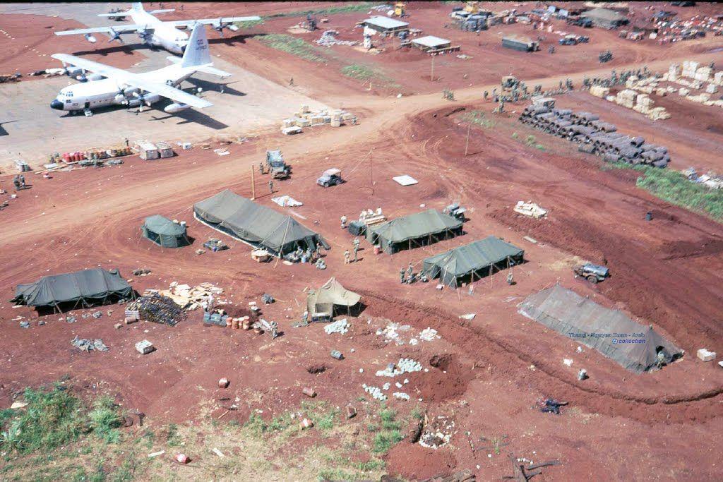 Sân bay Tà Cơn ở căn cứ Khe Xanh