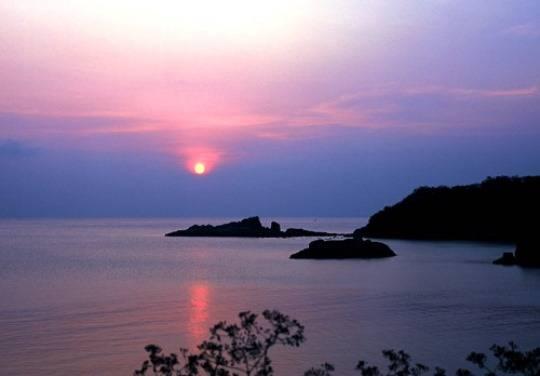 Du lịch Côn Đảo - Bình minh ở mũi Cá Mập