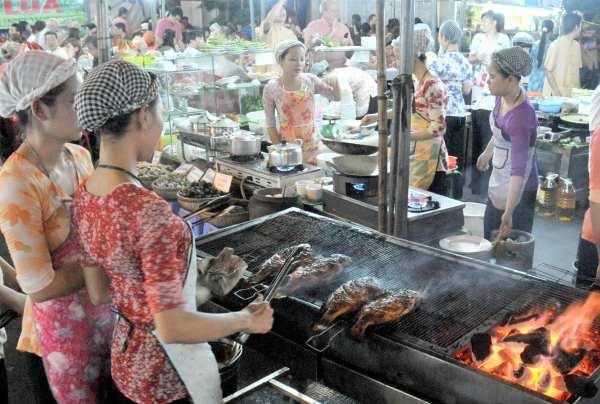 Khu ẩm thực chợ Bến Thành