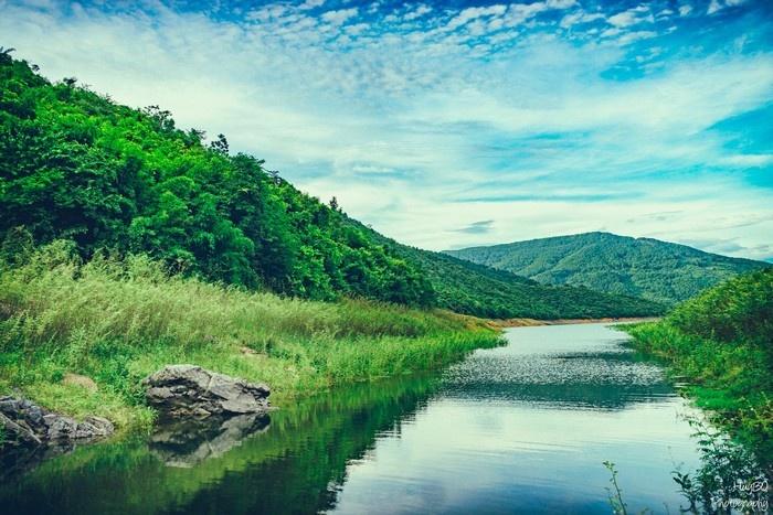 Hồ Xạ Hương thuộc địa phận huyện Tam Đảo