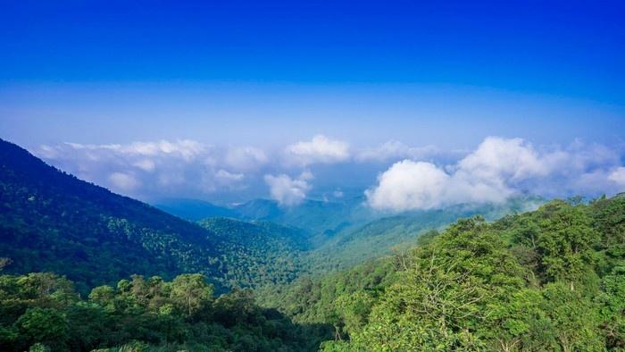 Tam Đảo trời mây xanh trong vắt