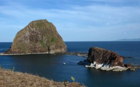 Đến Phú Yên đừng bỏ lỡ trải nghiệm cắm trại trên 5 hòn đảo dưới đây