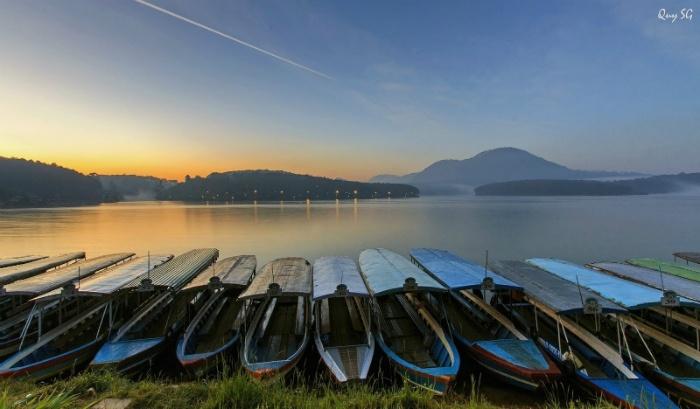 Hồ Tuyền Lâm - Nam thiên đệ nhất hồ - Ảnh: Quy Tran