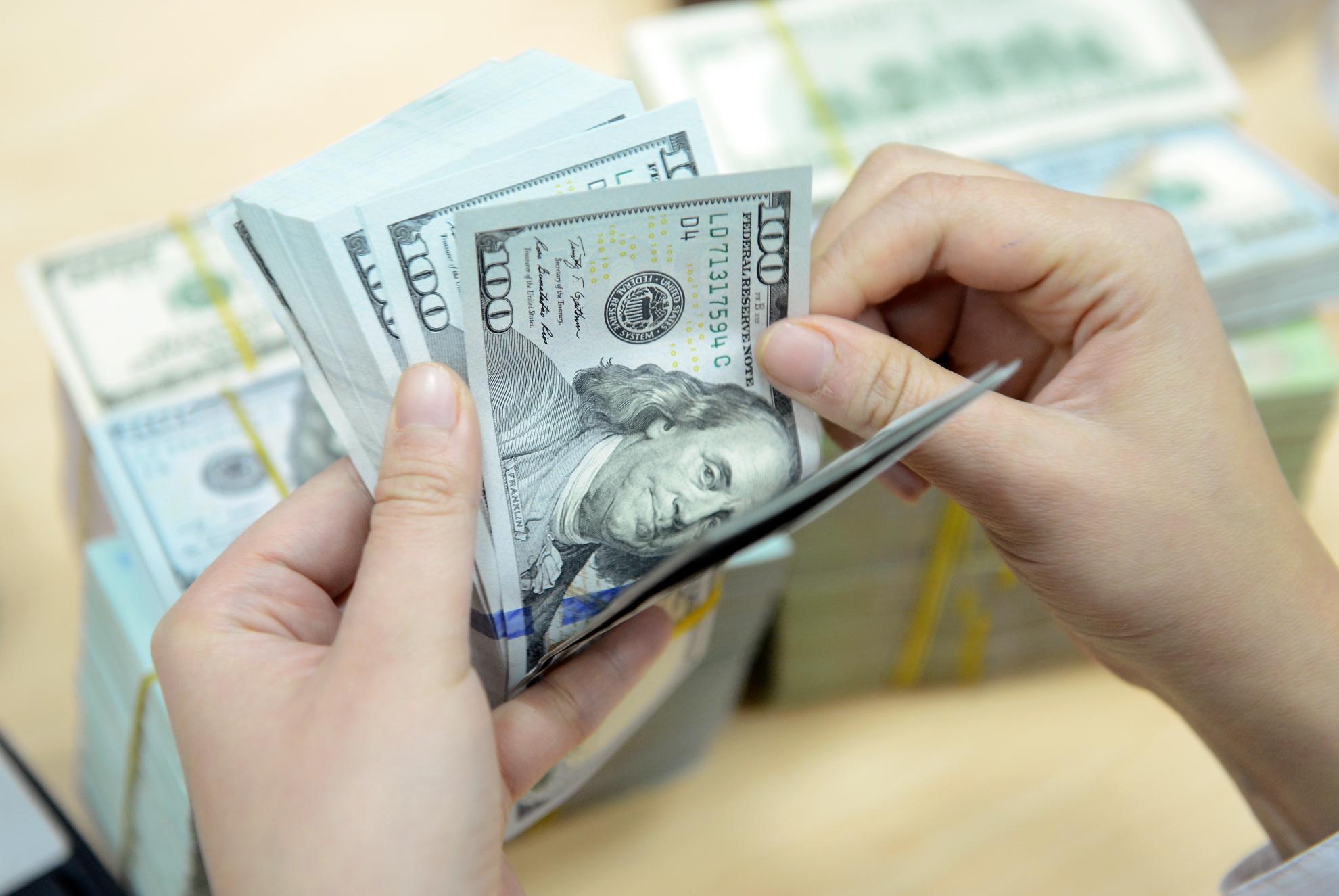 Đánh vào tài chính luôn là phương pháp tốt nhất để tạo động lực cho bạn làm một việc gì đó.