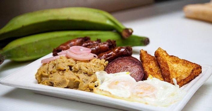 Đồ ăn Dominica đã từng là thử thách